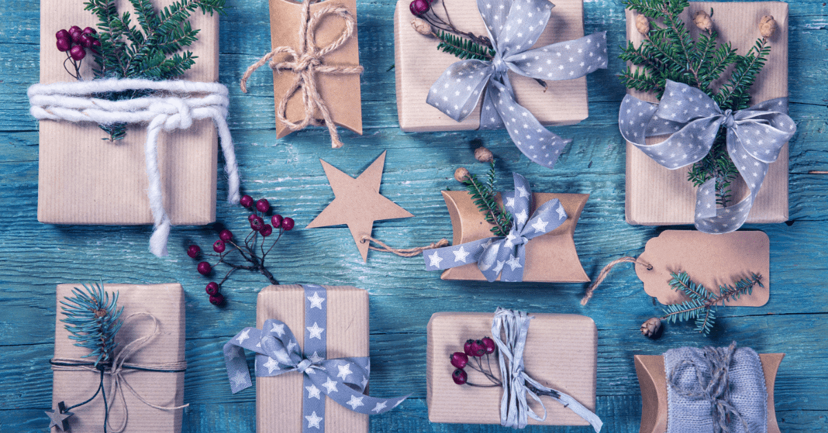 Holiday Gift Guide: Great Ideas for High School and College Students