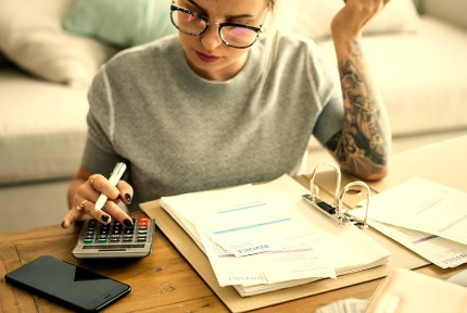 How to Calculate Student Loan Payments