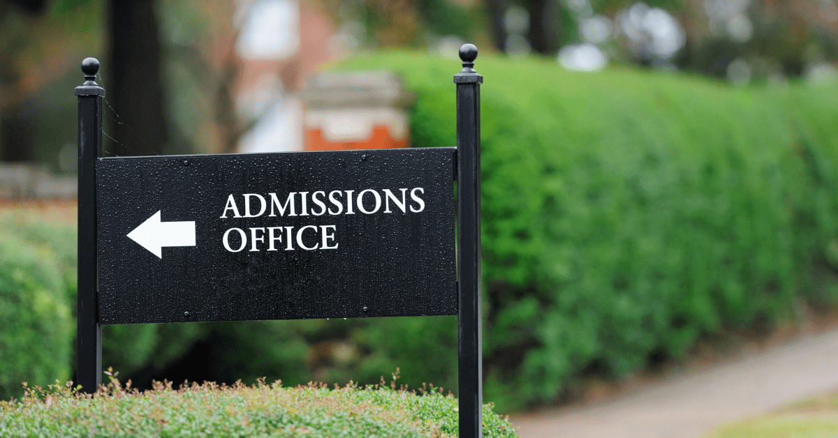 How Family Finances Sway College Admissions Decisions