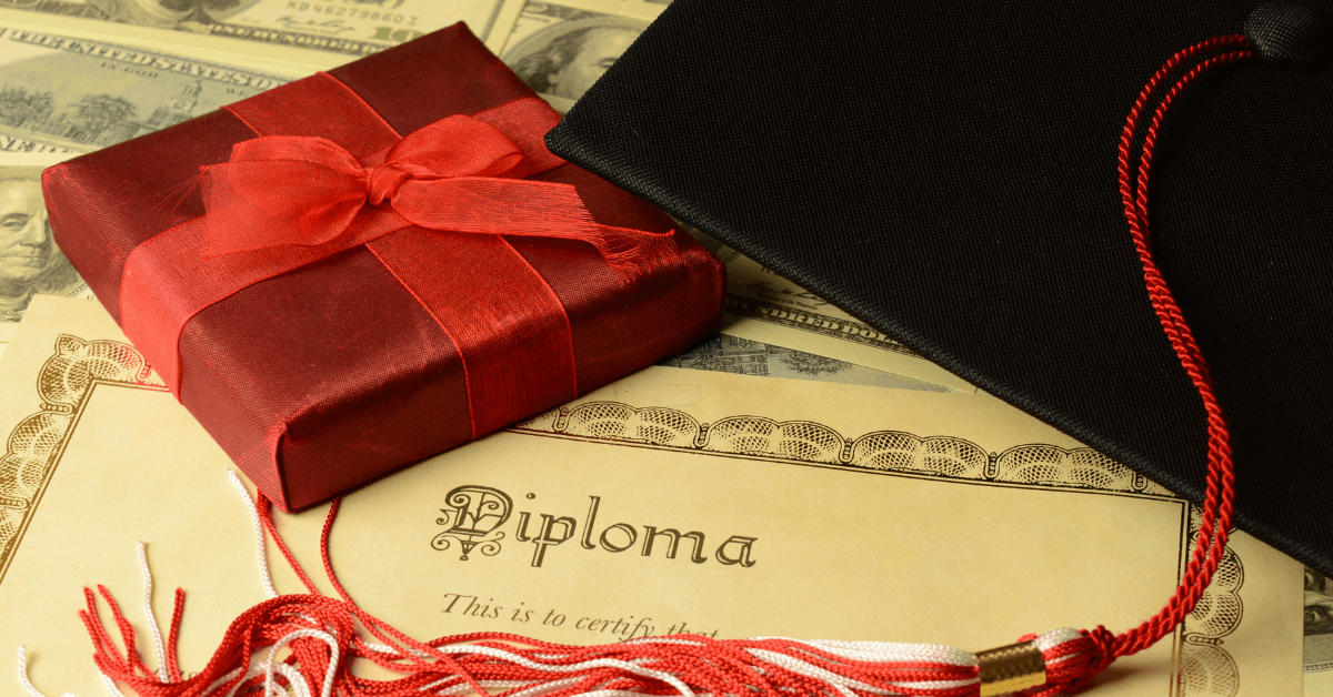 Creative Graduation Gifts for the Class of 2021